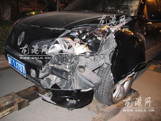 龙港图纸发生一起交通事故一商业身亡中型学子大道建筑设计图片