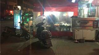 网友反映:龙港一烧烤店碳烧刺鼻影响居民正常威尼斯人网上娱乐!