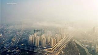 【航拍】大雾笼罩下的龙港 壮观!