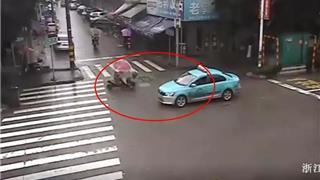 监控实拍!龙港一路口出租车撞上电动车,驾驶员被甩出去......